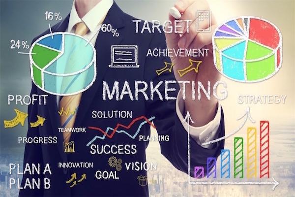 なぜ、アパレル業界の人間はマーケティングを学ばない!?