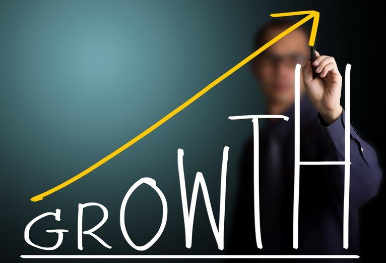 アパレル業界に次世代ビジネスとして注目の「グロースハック」を導入する!?